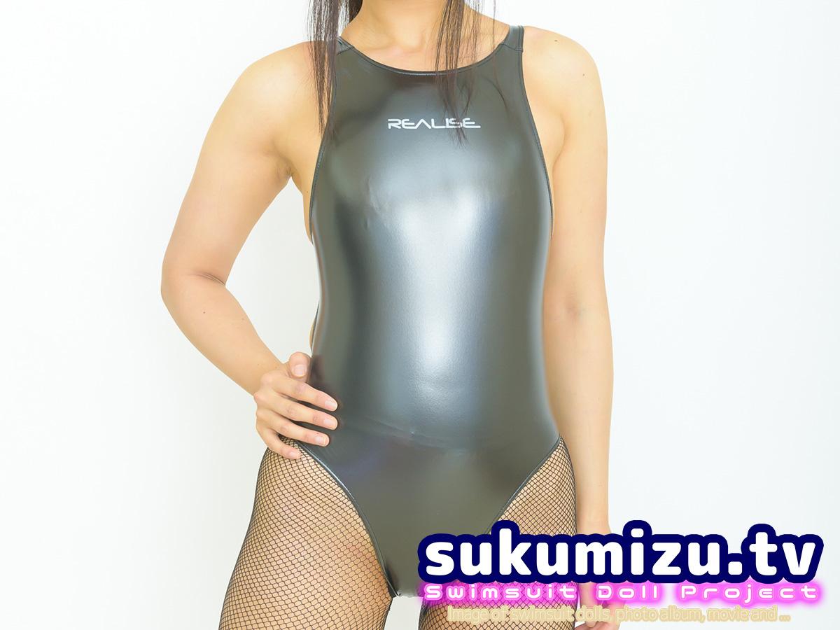 コスチューム水着は競泳水着好きから見てどう思う?