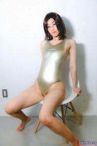 REALISE N-998/CHAMPAGNE GOLD×青蓮(1)