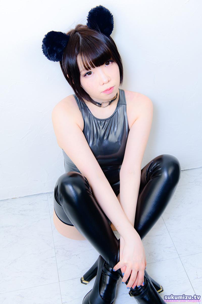 REALISE N-108/BLACK×松岡奈々(1)